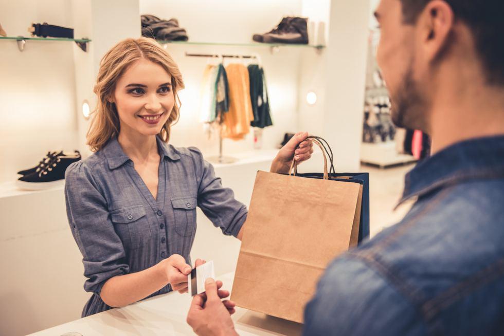 suplir necesidades Merchandising textil